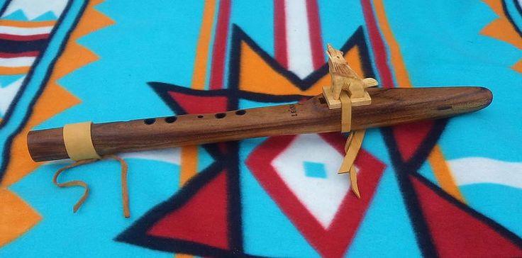 Flauta Nativa estilo Lakota A (LA) hecha a mano bajo pedido de FLAUTASDEAMOR en Etsy
