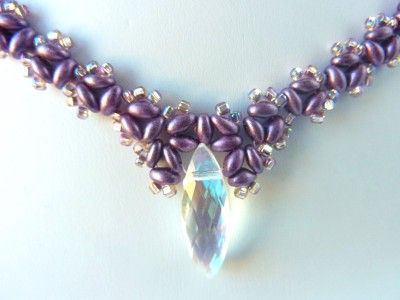 Easy, fast pattern for simple necklace with twins & size 11s with a side-drilled crystal. #Seed #Bead #Tutorials