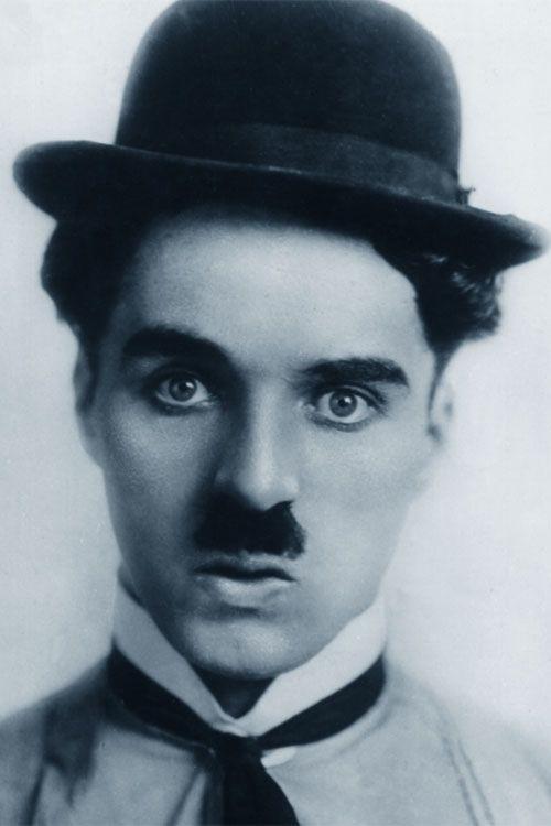 È veramente bello battersi con persuasione, abbracciare la vita e vivere con passione. Perdere con classe e vincere osando, perché il mondo appartiene a chi osa! La vita è troppo bella per essere insignificante. (Charlie #Chaplin)
