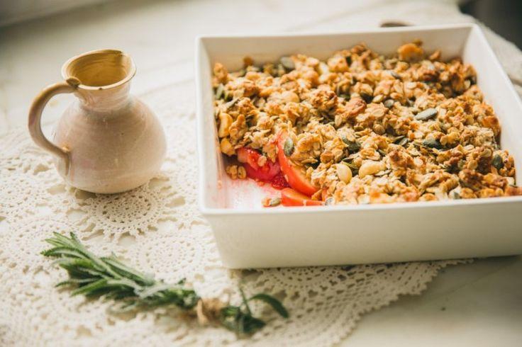Apple Strawberry Macadamia Crumble | Move Nourish Believe