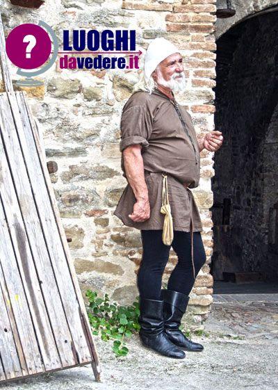 mercato delle gaite fiera medievale bevagna umbria perugia luoghi vedere visitare eventi manifestazioni