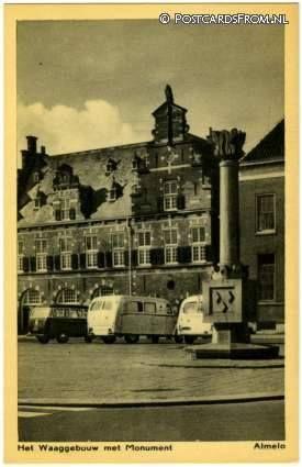 De Waag van Almelo is in 1914 gebouwd, het jaar dat de Stad en het Ambt Almelo bij elkaar werden gevoegd tot één gemeente. Het waaggebouw werd ontworpen door stadsarchitect P. Kolpa, in opdracht van de gemeente Almelo. Het waaggebouw werd gebouwd in Oudhollandse stijl met een trapgevel en diende vaak als markthal voor bederfelijke marktwaren. Het is het laatst gebouwde waaggebouw van Nederland. De bouwkosten van het gebouw waren 19.579 gulden.
