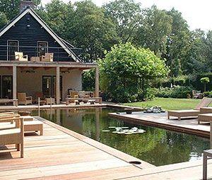 Uw eigen privé tuin zwembad zelf bouwen of laten aanleggen door een vakman