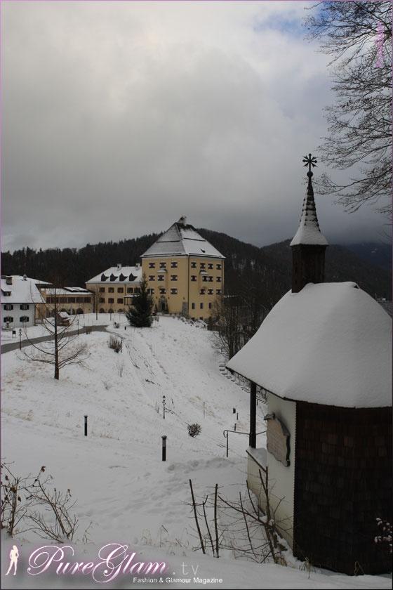 Snow at Schloss Fuschl Hotel at Fuschlsee, Salzkammergut - Luxury Collection - Hof near Salzburg, Austria/Österreich