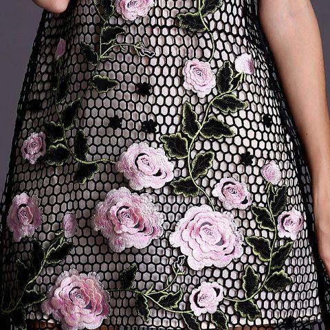 Black crochet dress-Detail