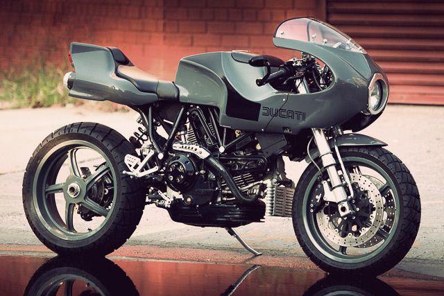 The best bike I've seen in a long, long time! Absolutely fantastic!  http://www.pipeburn.com/home/2014/09/20/01-ducati-mh900e-evoluzione.html#