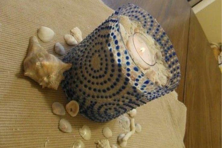 peindre sur le verre recycler un verre ou un vase pour. Black Bedroom Furniture Sets. Home Design Ideas