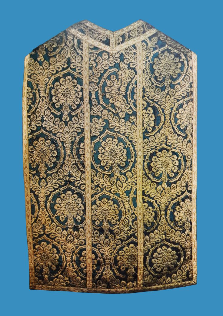 Chasuble offered by Queen Cecilia Renata of Austria to the Jasna Góra Monastery by Anonymous from Poland (fabric from Italy from the first half of the 16th century), before 1642-1644, Skarbiec Paulinów na Jasnej Górze