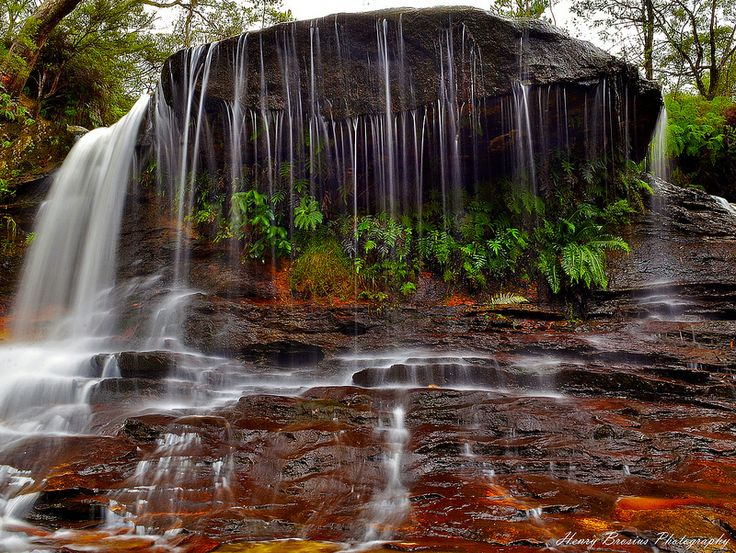 Weeping Rock - Blue Mountains