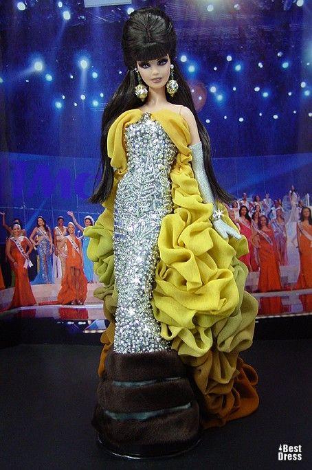 Ninimomo's Barbie.  Mediterranean and Middle East.  2009/2010  Miss Gibraltar (dress Dior)