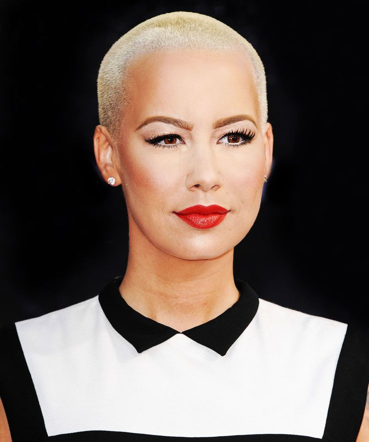 The 11 Worst Pieces Of Advice Amber Rose Gives Women In Her New Book #refinery29  http://www.refinery29.com/2015/10/96313/amber-rose-how-to-be-a-bad-bitch-book-interview