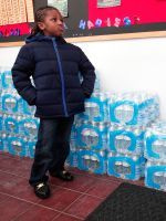 Muslim Charity Gives 30,000 Bottles Of Water To Flint #refinery29