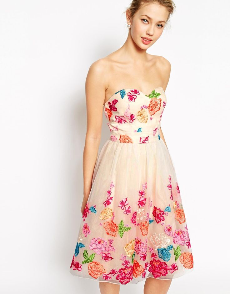 Places to buy prom dresses in london
