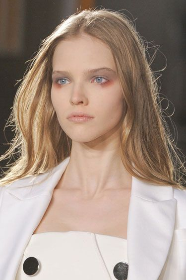 The Best Makeup Looks from Fall 2013: Orangey Shadow