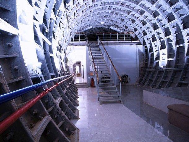 Shelter Underground Bunker Doomsday Preppers Safe Room