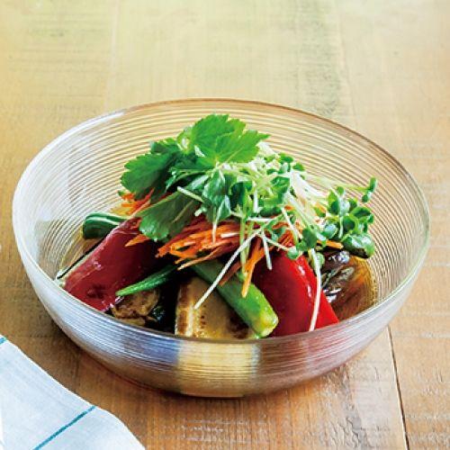 夏野菜を焼いて、つけ汁につけて冷やせば、できあがり。