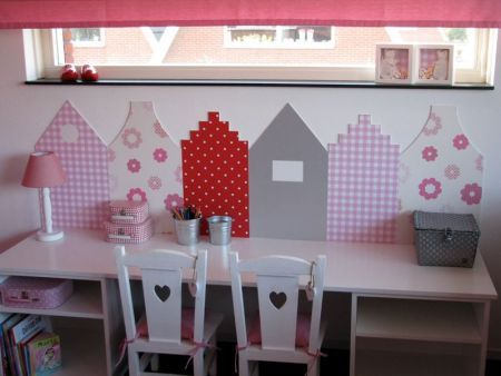 Two shelves and a connecting table top for the kids art space - great idea to save space from the conventional square table!