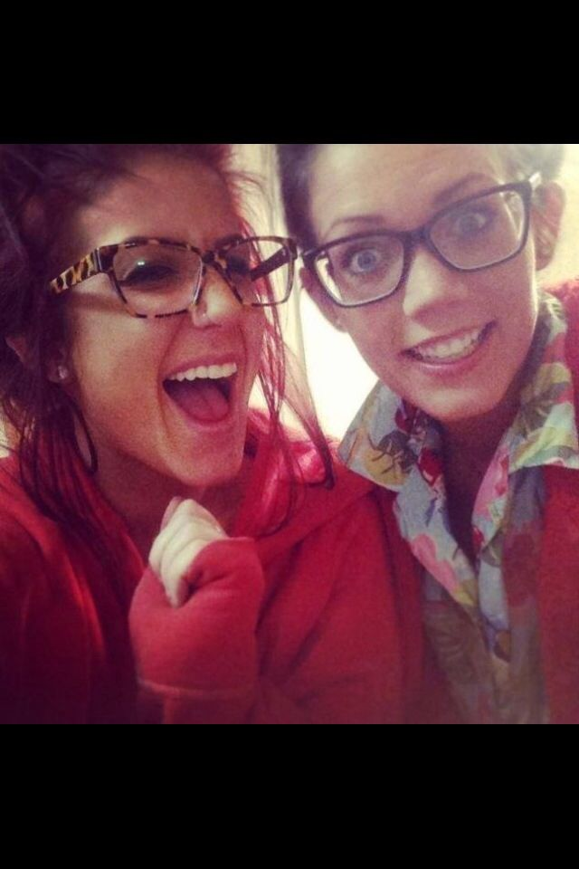 Chelsea from teen mom and her friend megan