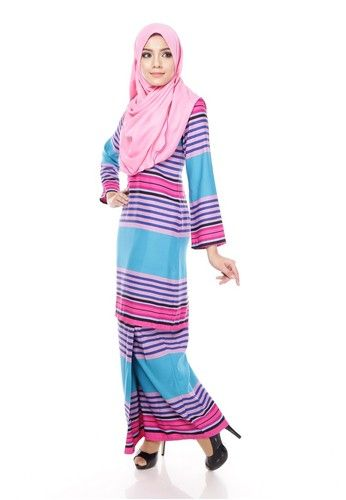 Royal Melly Kurung Moden - Blizzard Blue Pink from Maribeli Butik in Pink and Blue Royal Melly Modern Kurung is the latest collections from MARIBELI BUTIK suitable for any kind of occasions. - High quality cotton - Perfect tailor made. - Concealed back zip fastening - Regular fit baju kurung modern ... #bajukurung #bajukurungmoden