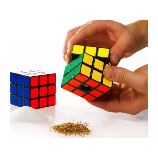 Exceptional Rubiku0027s Cube Salt And Pepper Mills!