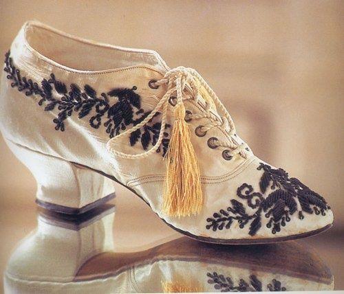 Sapatos Belle Époque Século XIX