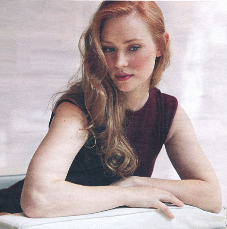Deborah Ann Woll Source: http://suicideblonde.tumblr.com/post/25436100820/deborah-ann-woll