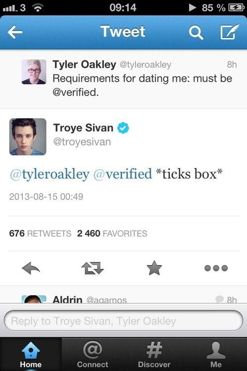 Tyler Oakley & Troye Sivan <3 We all ship this so hard @Tyler Oakley