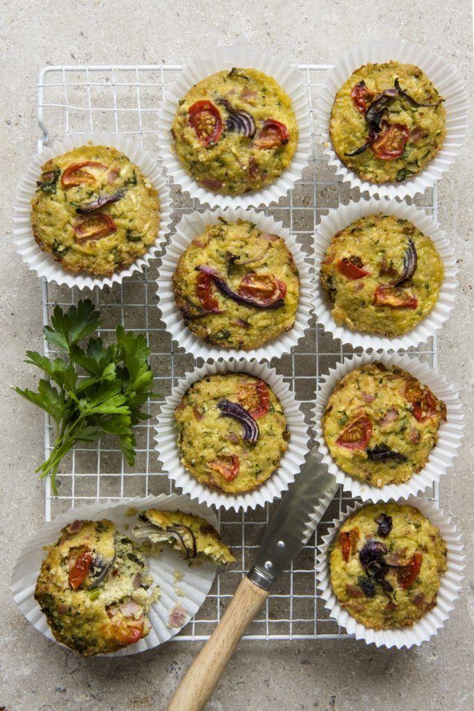 Minis muffins jambon, fromage et quinoa !  Retrouvez plus de recettes sur notre site: http://quinola.fr/nos-recettes/