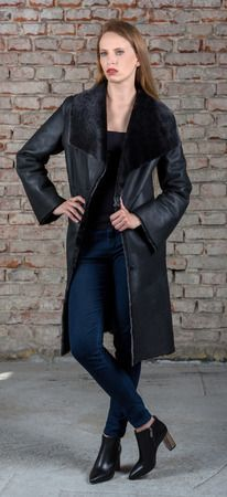 SC  coat made of finest Spanish lambskin.