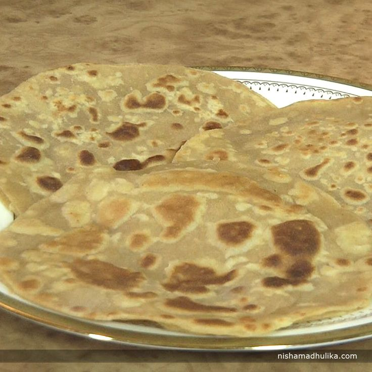 Sweet coconut paranthas is lip smacking parantha recipe and a treat for all sweet lovers.  Recipe in English- http://indiangoodfood.com/1809-sweet-coconut-paratha-recipe.html ( copy and paste link into browser)