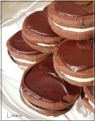 Limara péksége: Levendulás-csokis keksz mentás krémmel