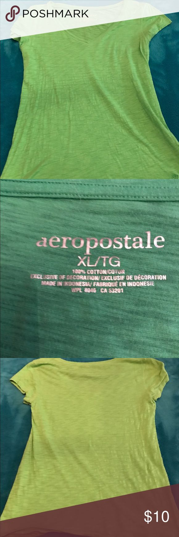 WOMEN'S AEROPOSTALE TEE SIZE XL Beautiful green women's Aeropostale tee size XL worn only a few times in Excellent Condition second pic shows true color Aeropostale Tops Tees - Short Sleeve