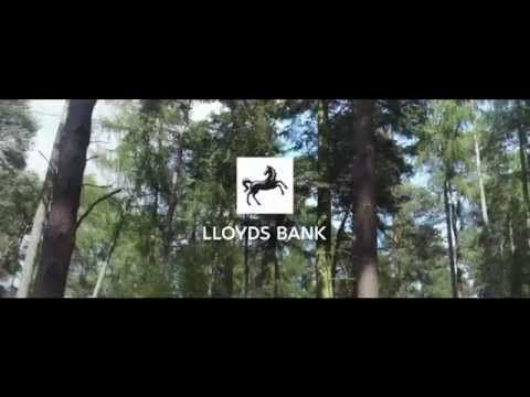 I'm so happy I bank with Lloyds. This is beautiful. #advert #commercial #praiyse