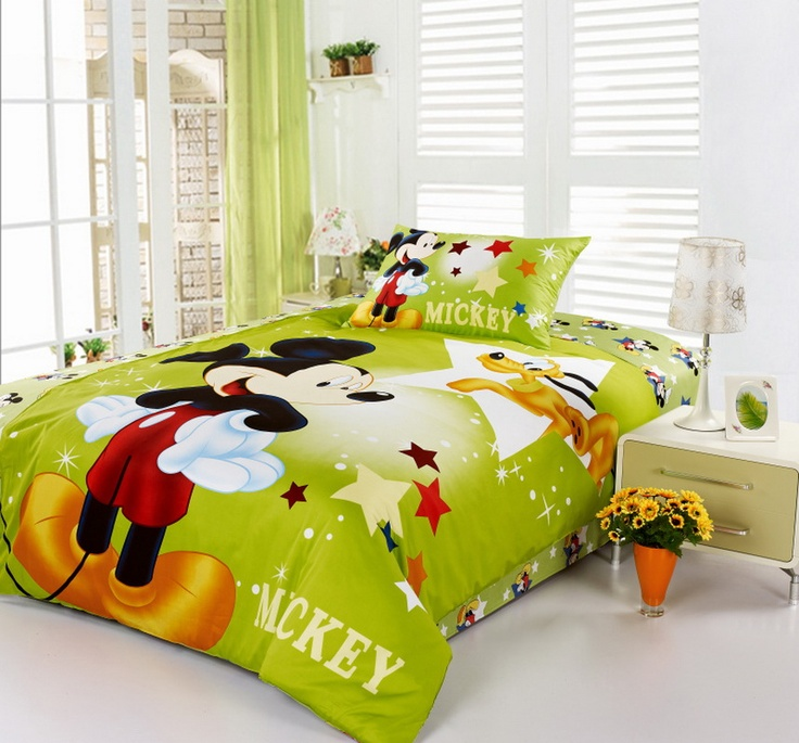 Mickey Mouse Green Disney Bedding Sets | www.chateaubelleconcierge.com facebook.com/chateaubelleconcierge