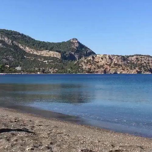 Kasım'da olduğumuza emin miyiz? #Dionysos Hotel'in plajından bir huzur görüntüsü🌿🙏🏻 Güzel memleketim #kumlubuk #marmaris  🏠 www.kucukoteller.com.tr/marmaris-kumlubuk-otelleri.html https://video.buffer.com/v/582c69948c6951303b2448b1