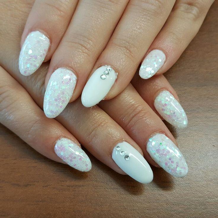 Bianco cristallo  nails art