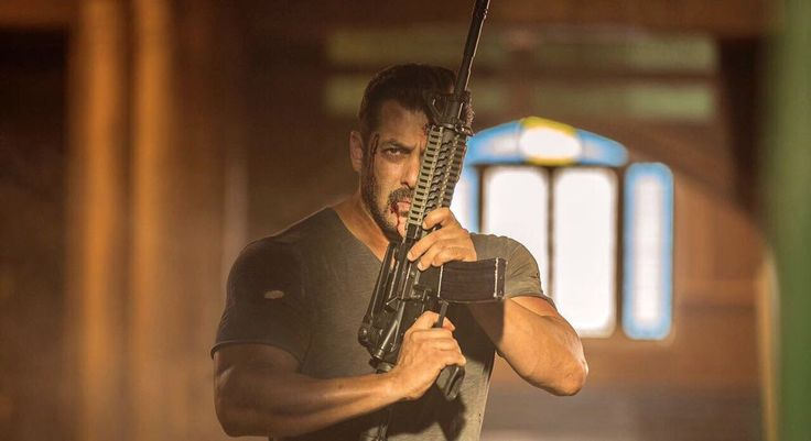 Tiger Zinda Hai 1st Day Box Office Collection Opening Friday Earning. Salman Khan's Tiger Zinda Hai (TZH) movie 22 December 2017 Occupancy in morning, evening shows