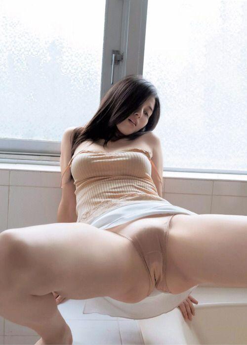 yamato2520:Hashimoto Manami / 橋本マナミ http://heartbreakridge.tumblr.com/post/148515838778/yamato2520-hashimoto-manami-橋本マナミ by https://j.mp/Tumbletail