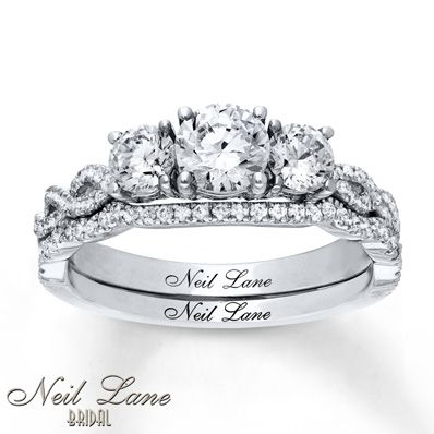 Neil Lane Bridal Set 1 1/3 ct tw Diamonds 14K White Gold...little flashy, but love it!