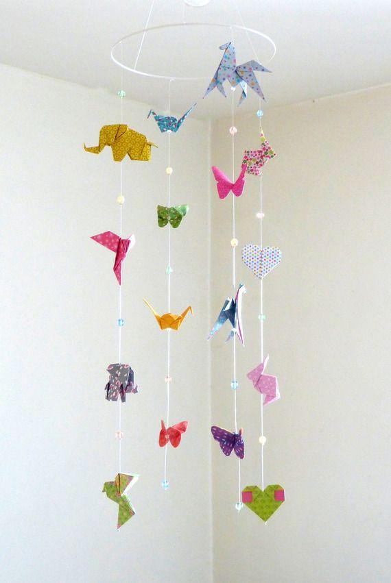Mobile bébé origami animaux, 16 origamis et perles à facettes