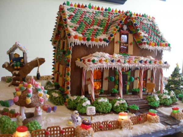 25+ unique Gingerbread house patterns ideas on Pinterest ...