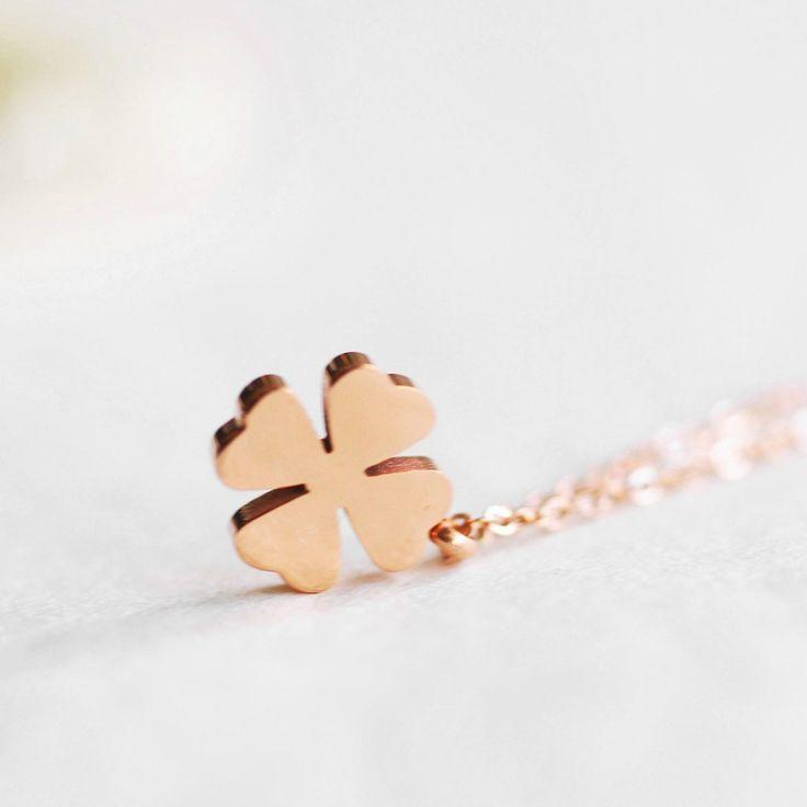 Colier placat cu aur roz - pandantiv Trifoi - MSM-Shop