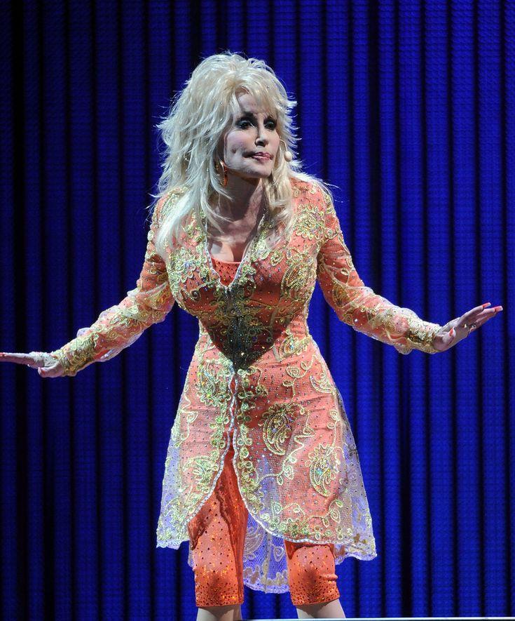 Dolly Parton - Dolly Parton Better Day World Tour Opener