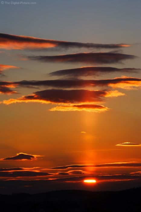 a beautiful sun pillar reflected from ice crystals in the sky: Sky Beauty, Cloud, Pillar Picture, Beautiful Sunsets, Sun Sky Sea, Light Reflected, Carla Sun Sky Great