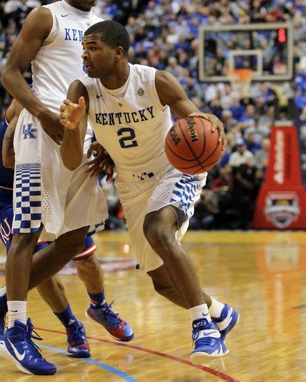 #1 Kentucky Wildcats destroy #5 Kansas Jayhawks 72-40 - Wildcat Blue Nation - A University of Kentucky Wildcats Fan Site - News, Blogs, Opinion and more.