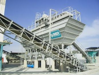 #IMER mobile batching plants are pre-wired & pre-assembled to reduce time, space and handling.http://sehnaouiplant.com/prod-term/concrete/batching-plants-ready-mix/