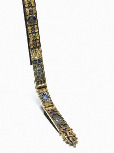 Belt for a Lady's Dress | Cleveland Museum of Art. 1375-1400. Plaque belt, yes? No leather or fabric ground mentioned in museum description.