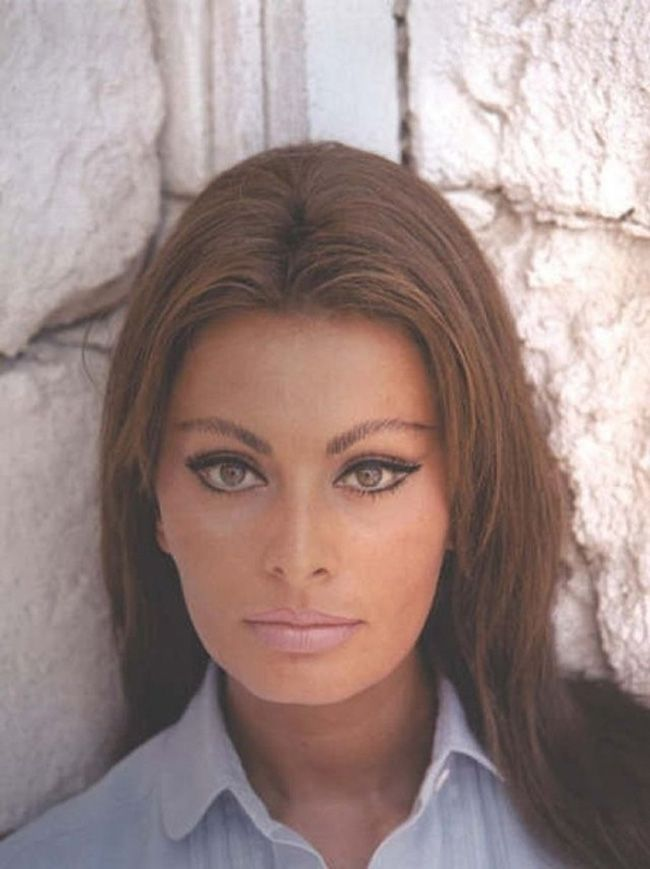 Sophia Loren  : natural cat eye