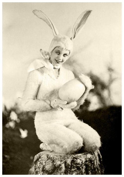 vintage-easter-bunny-costume