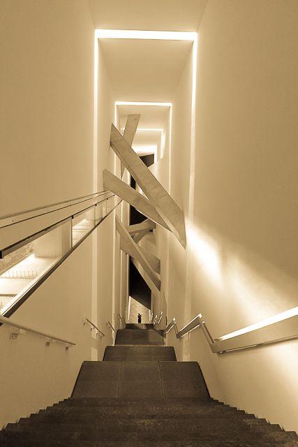 musée juif berlin Daniel Libeskind escaliers